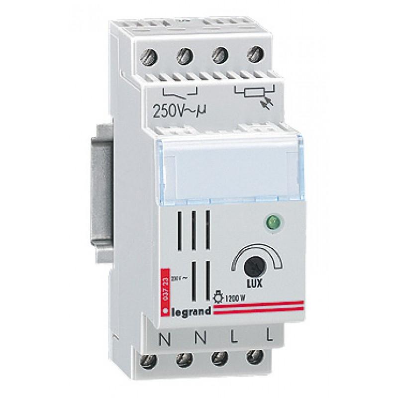 legrand 003723 interrupteur cr pusculaire lexic standard 2 mod elec. Black Bedroom Furniture Sets. Home Design Ideas