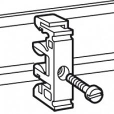 Fixation de l'appareillage sur rails EN 60715 - pour vis M6
