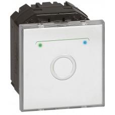 Poussoir à cde tactile Mosaic - 2 modules - contact NO - blanc antimicrobien